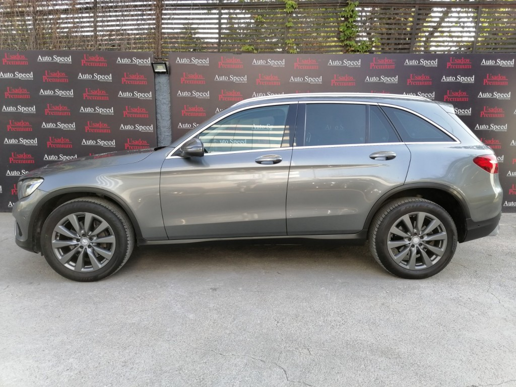 MERCEDES-BENZ GLC 220 D